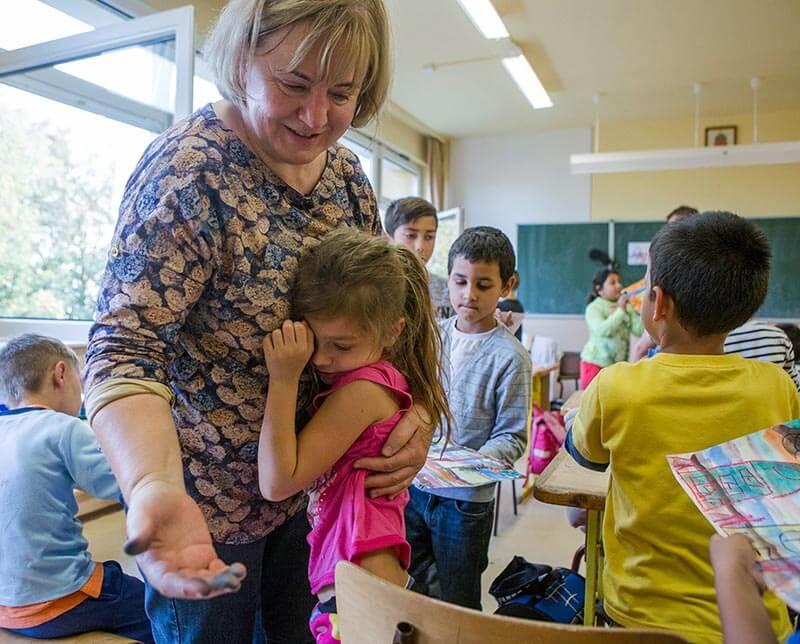 L. Ritók Nóra az osztályteremben